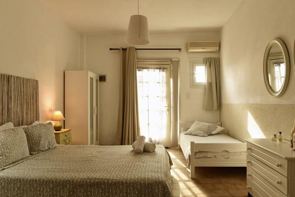accommodation Batsi Andros - Villa Fiamegou